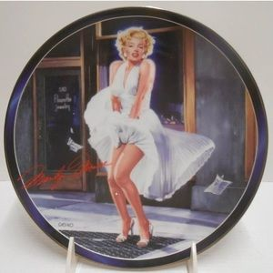 "Silver Screen Marilyn Monroe ""Isn't It Delicious"""